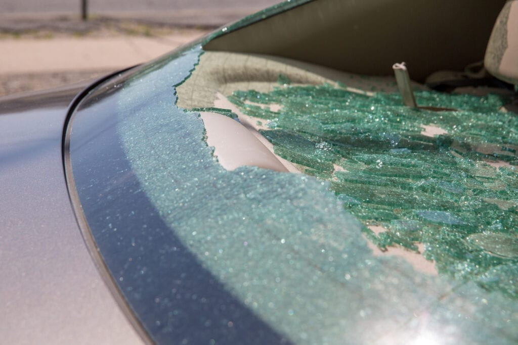 Back Glass Replacement Services. Broken Back Windshield